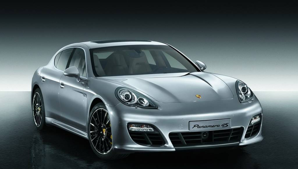 Porsche Panamera Turbo S Details