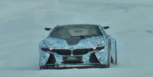 Video: BMW i8 Hybrid Sports Car spied