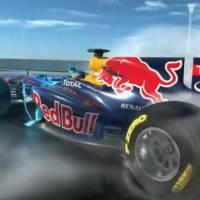 Video: Mark Webber explains KERS and Rear Wing on 2011 F1 Car