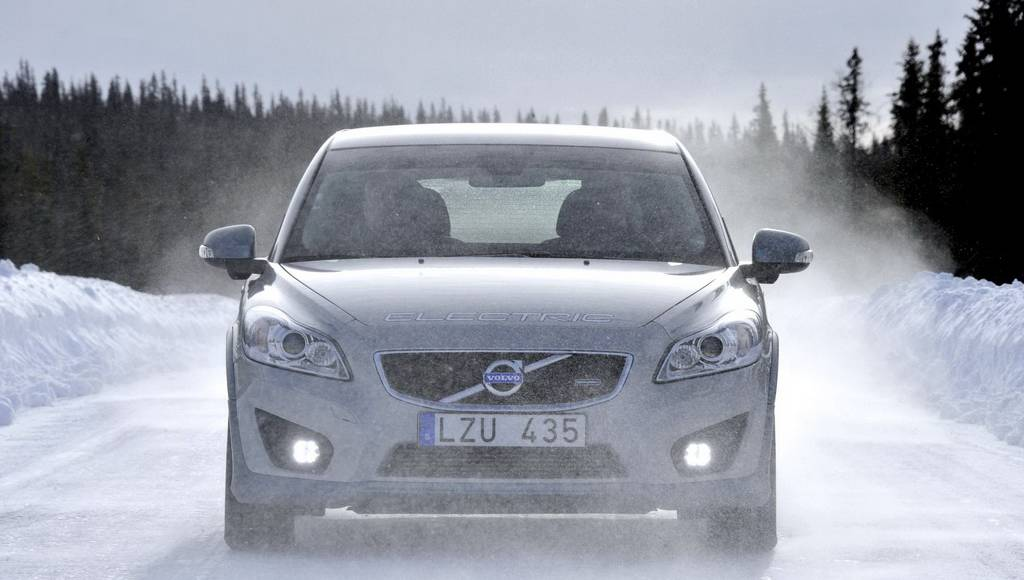 Volvo C30 Electric Tested in Winter Conditions