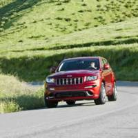 2012 Jeep Grand Cherokee SRT8 revealed in New York