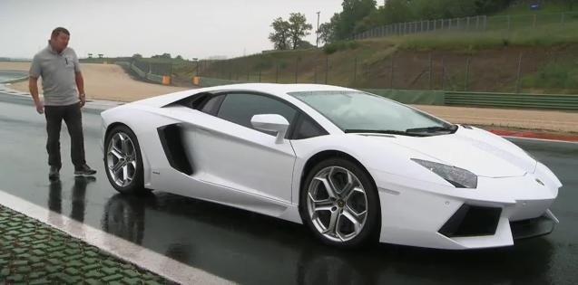 Lamborghini Aventador Review