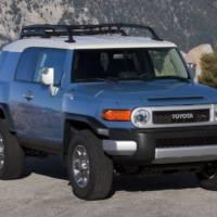 2012 Toyota Highlander and FJ Cruiser Price