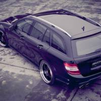 Kicherer Mercedes C63 AMG Wagon