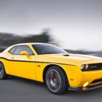 2011 LA Show: Dodge Challenger SRT8 392 Yellow Jacket