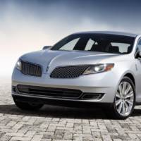 2013 Lincoln MKS Unveiled in Los Angeles