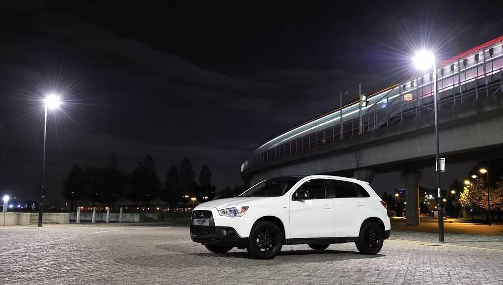 Mitsubishi ASX Black