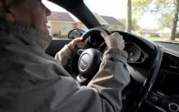 Video: 75 Year Old Lady Driving an Audi R8