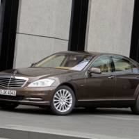 Mercedes S 250 CDI BlueEFFICIENCY and ML 250 BlueTEC 4MATIC Declared Greenest in Their Class