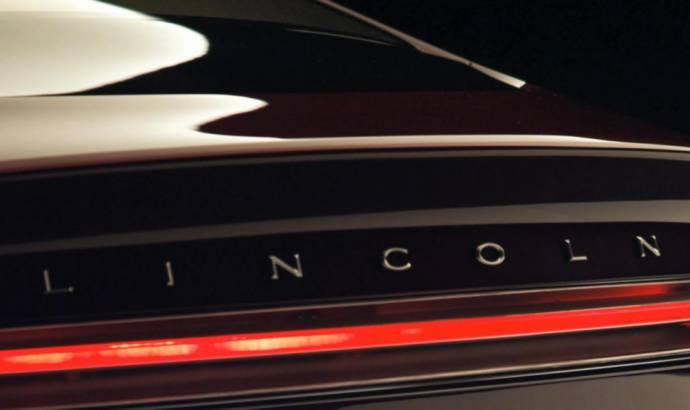2013 Lincoln MKZ Teaser