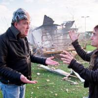 Top Gear: 10 Million Facebook Fans - Caravan Explodes