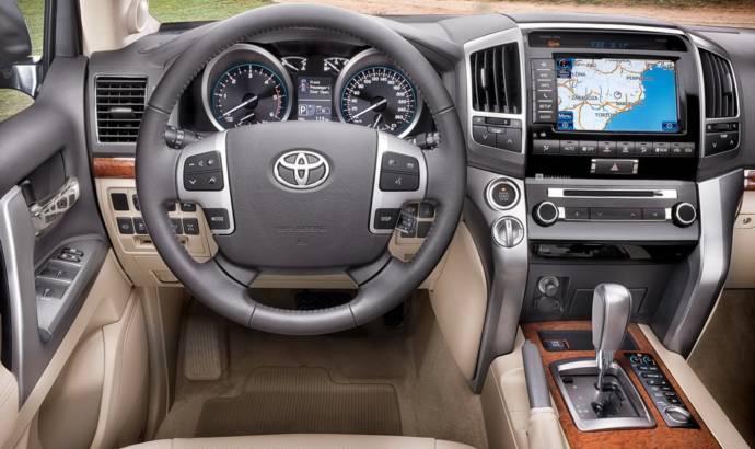 2013 Toyota Land Cruiser Facelift