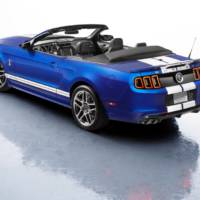 2013 Ford Shelby GT500 Convertible Revealed Debuts in Chicago