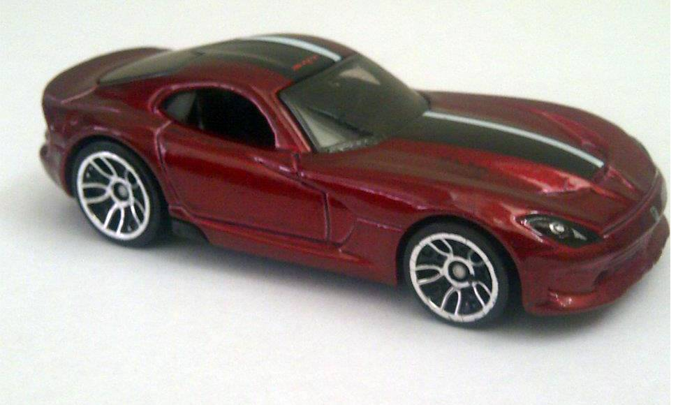 2013 SRT Viper Toy Car Previews the Real Thing