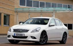 Infiniti Introduces All-Wheel Drive G37x S in UK