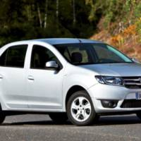 2013 Dacia Logan and Dacia Sandero - leaked photos
