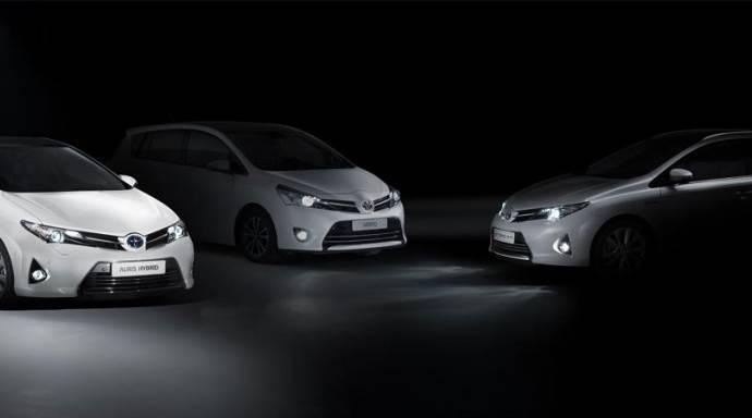 2013 Toyota Auris Tourer and Toyota Verso expected at Paris Motor Show
