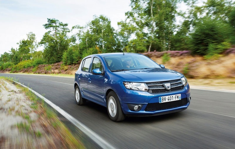 2013 Dacia Sandero, Sandero Stepway and Logan receive their first commercials