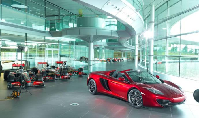 Neimann Marcus McLaren MP4-12C Spyder is a good surprise for Christmas