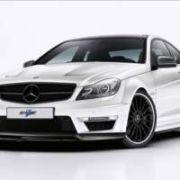 Revozport Mercedes C63 AMG looks good in carbon fiber