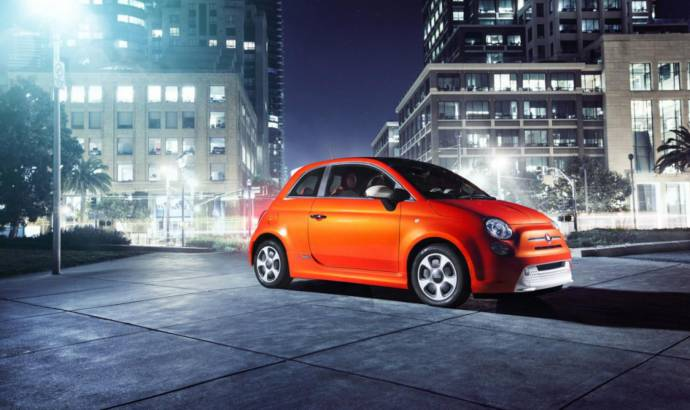 2013 Fiat 500e - first official photos of the electric mini