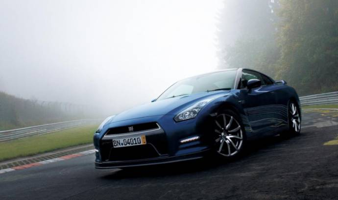 2013 Nissan GT-R gets revised engine and suspensions