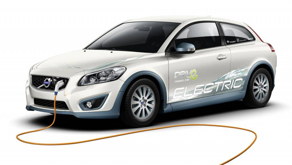 Volvo fast-charger promises 1.5 hour to recharge an electric vehicle