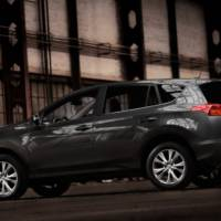 2013 Toyota RAV4 - official photos and details