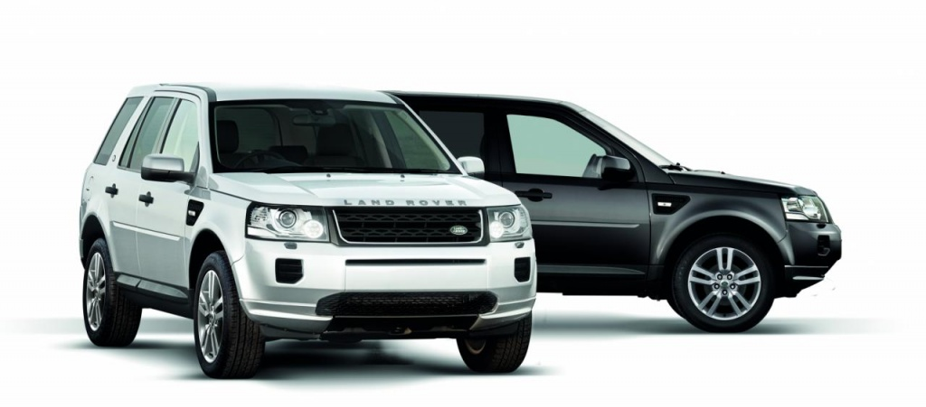 Land Rover Freelander 2 Black & White edition costs 22.490 pounds