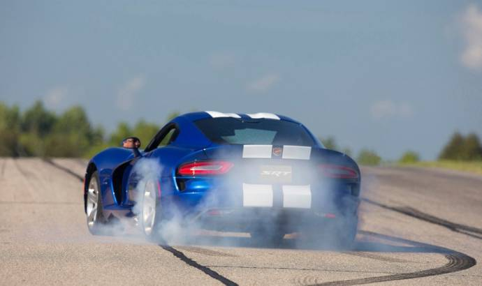 VIDEO: 2013 Dodge SRT Viper tested by Motor Trend