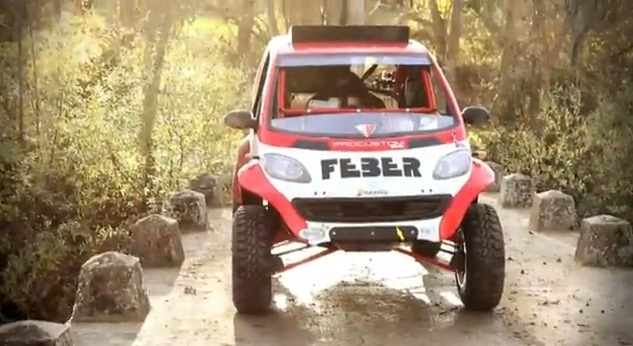 Video: Smart ForTwo modified for the 2013 Dakar Rally