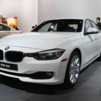 2013 BMW 320i launched at NAIAS from 33.445 dollars