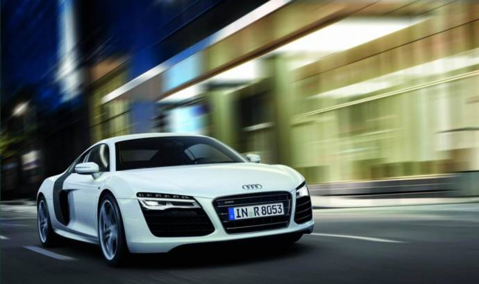 The 2014 Audi R8 and RS5 Cabriolet are coming to Detroit