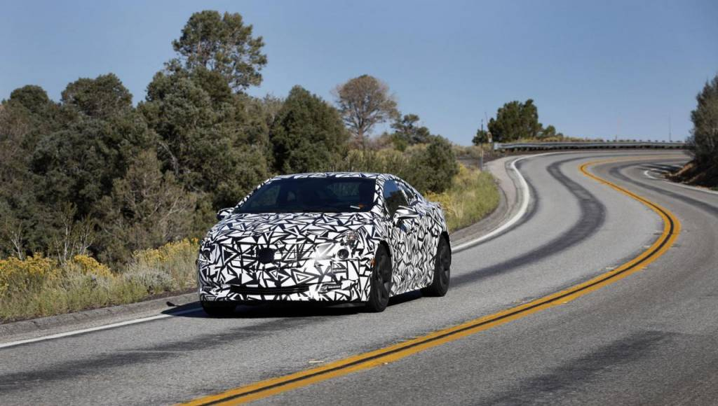 2014 Cadillac ELR with camouflage, teased in official photo
