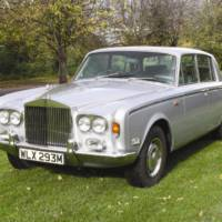 Freddie Mercury 1979 Rolls-Royce Silver Shadow auctioned for 11.000 pounds