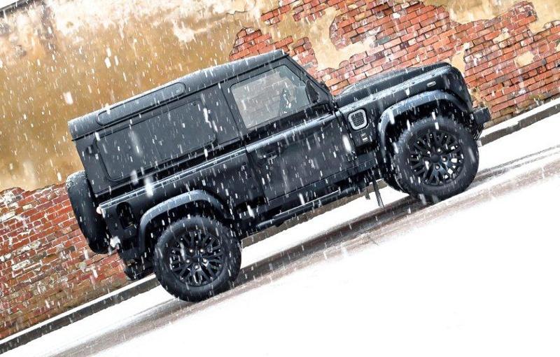 Land Rover Defender Wide Body Winter Edition by Kahn Design