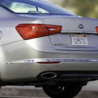 The 2014 Kia Cadenza rolls into Detroit