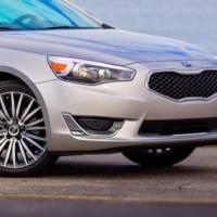 The 2014 Kia Cadenza rolls into Detroit