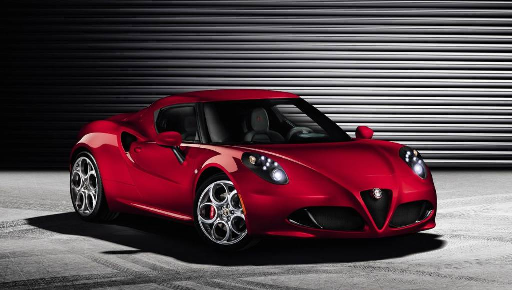 2013 Alfa Romeo 4C - official photos and details