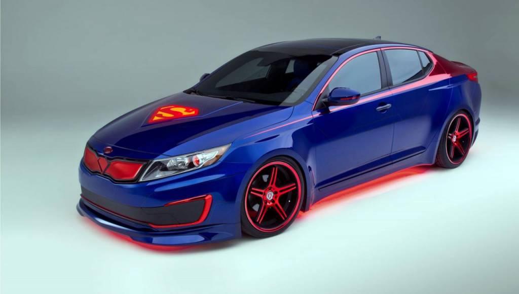 Kia Optima Hybrid Superman revealed in Chicago