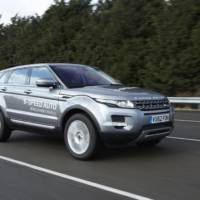 Land Rover introduces the worlds first 9-speed automatic transmission