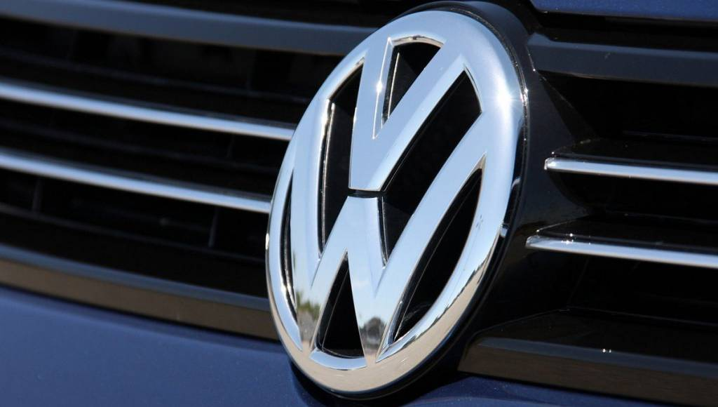 VW mulls new 2022 growth goal as it nears 2018 target early
