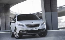 2013 Peugeot 2008 crossover - official details and photos