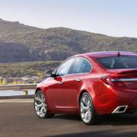 2014 Buick Regal facelift revealed in New York