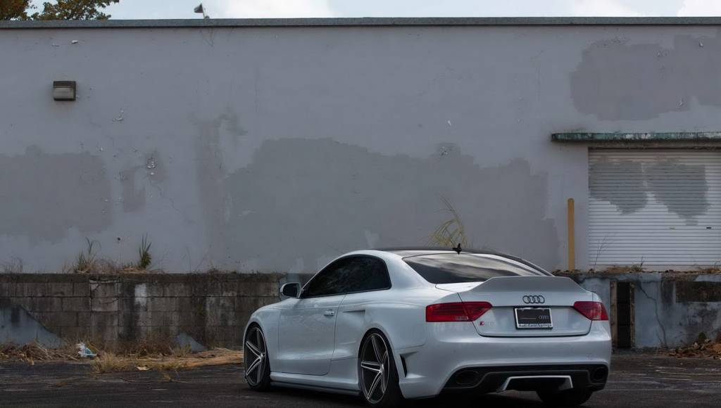 Audi RS5 tuned by OSS Design looks like an angry stormtrooper