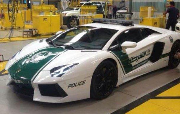 Lamborghini Aventador dressed in Dubai Police uniform
