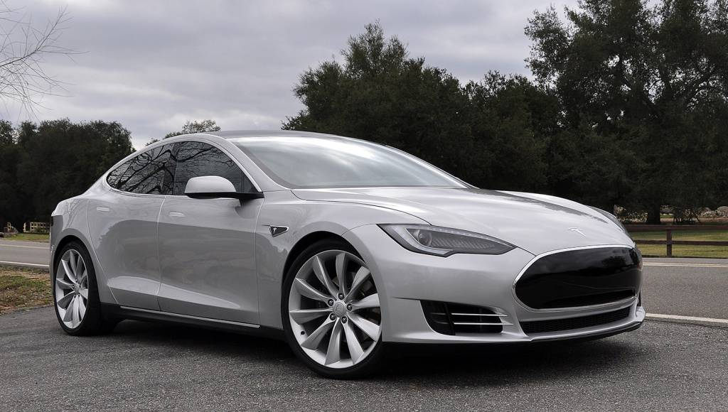 Tesla Model S to abandon 40 kWh version