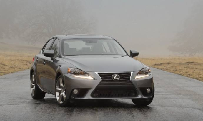 The 2014 Lexus IS Sports sedan starts at 35.950 USD