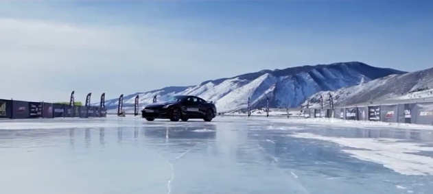 Video: Nissan GT-R hits 294.5 km/h on Baikal Lake