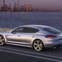 First leaked photos of the 2014 Porsche Panamera Facelift